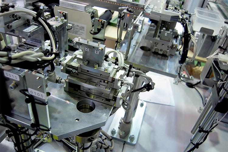 自動化装置(ロボット)の紹介